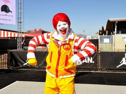 'McJesus' Sculpture Depicting Crucified Ronald McDonald Sparks Protests in Israel