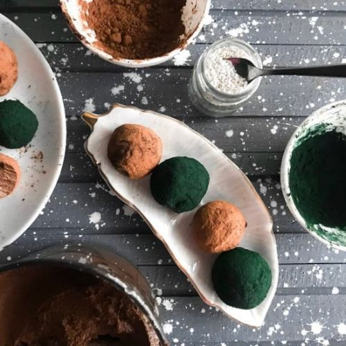 Avocado truffles from 4 ingredients