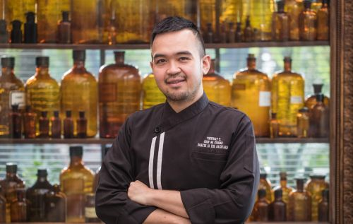 5 QUESTIONS | Chef Thitiwat Tantragarn of Insects in the Backyard