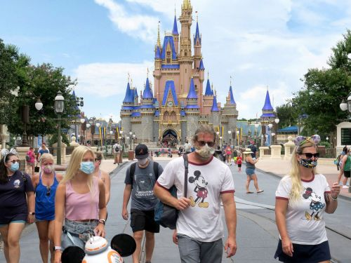 Disney World Closes Loophole Allowing Visitors to Wander Maskless While Eating