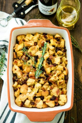 Apple and Bacon Stuffing