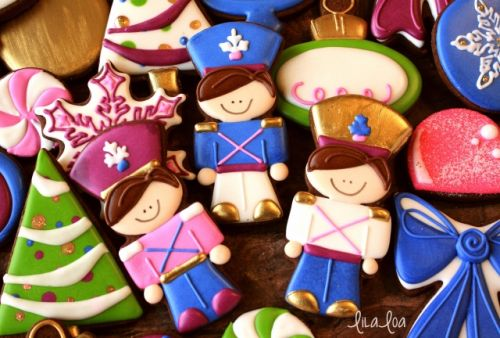 How to Make Tin Soldier Decorated Cookies for Christmas