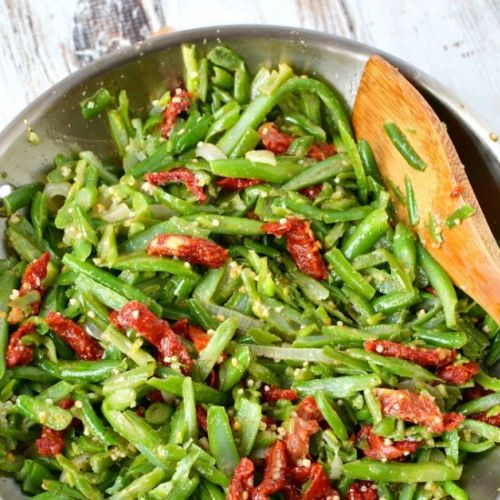 Garlic & Tomato Green Beans