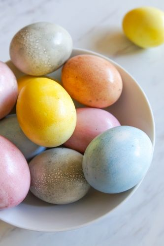 The Pioneer Woman Food & Friends Latest Post: How to Naturally Dye Easter Eggs