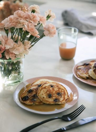The Best Fluffy Blueberry Pancakes
