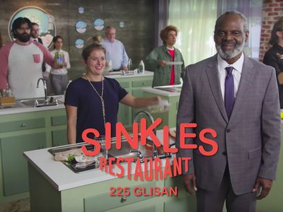 Watch Portlandia's Commercial for an Eat-Over-the-Sink Restaurant