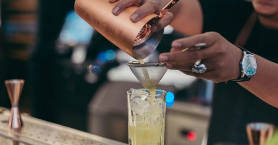 The Revolutionary Pin Project Makes It Easier to be Sober at the Bar