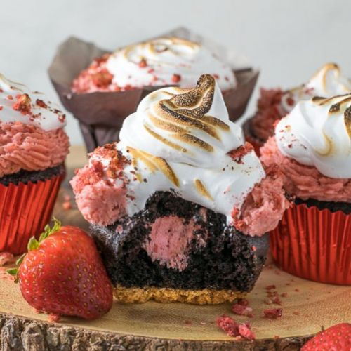 Strawberry S'mores Cupcakes