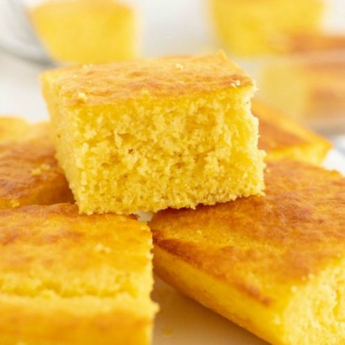 Easy Cornbread from Scratch