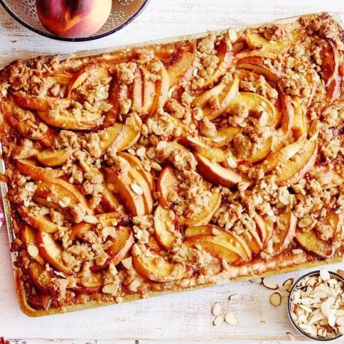 Recipe of the Day: Peach Streusel Slab Pie 🍑
