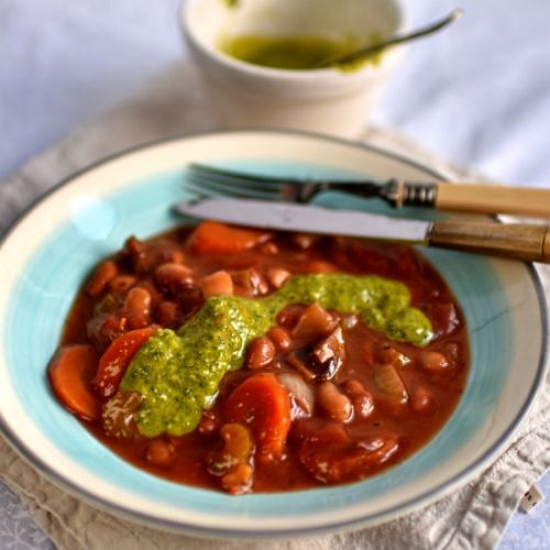 Bean casserole with pistou