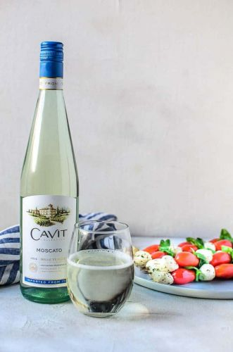 Balsamic Caprese Skewers and Moscato Wine