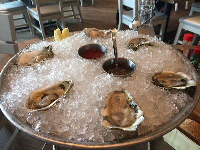 Sparkling Muscadet: Oysters, Curry & A Tuna Melt