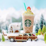 This Is What Makes Starbucks's Christmas Tree Frappuccino Taste Like the Holidays