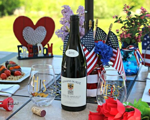 How to Host a 4th of July Dinner Date