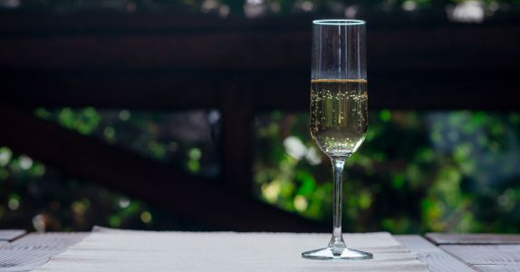 This Bright, Bracing Italian Sparkler Could Be a 'Prosecco Killer' - if Given the Chance