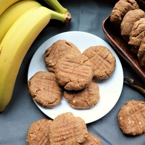 5-Ingredient Banana Peanut Cookie