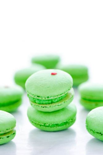 Grinch Heart Macarons
