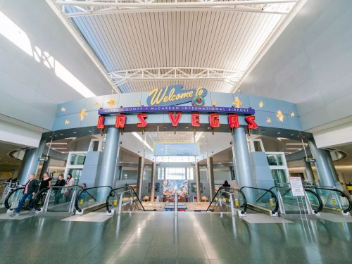 More Than 900 Restaurant Workers at Las Vegas's McCarran Airport Will Be Laid Off in October