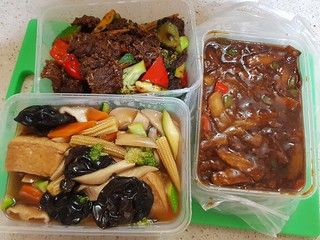 Eating In: Stir-fries, noodles, bentos, salads, burgers