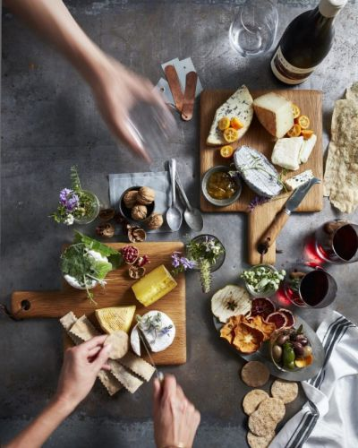 6 Pro Tips for Building the Most Festive Cheese Board Ever