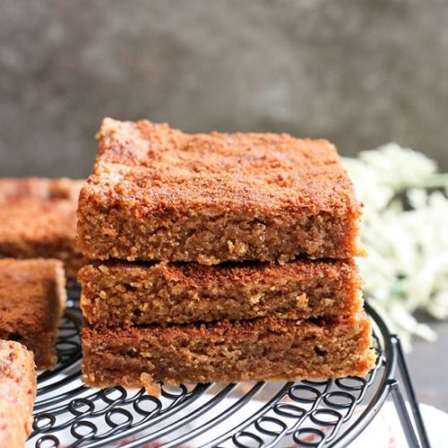 Paleo Snickerdoodle Blondies