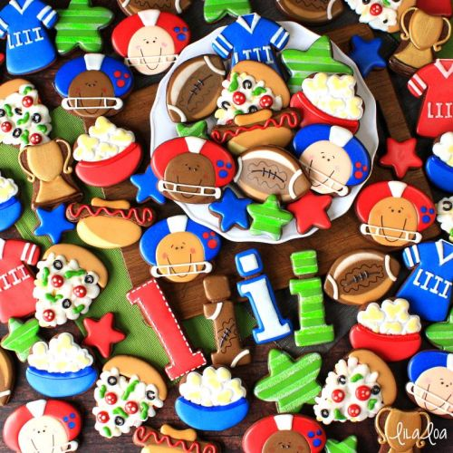 How to Make Decorated Football Player Sugar Cookies