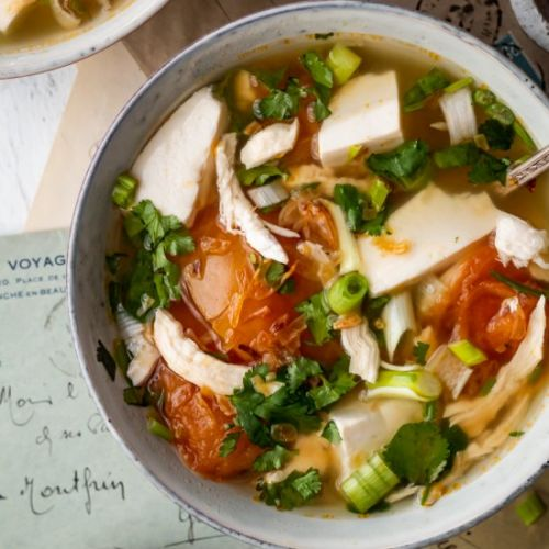 Vietnamese Chicken Tomato Soup