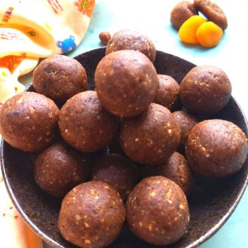 Sugarless Ragi Ladoos