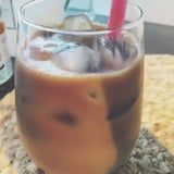 Yes, You Can Make an Iced Starbucks Caramel Macchiato With Trader Joe's Ingredients
