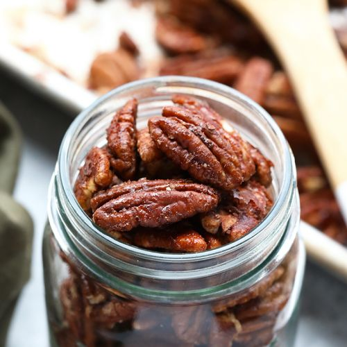 10 Minute Oil-Free Maple Roasted Pecans + HBD Fit Foodie Finds!