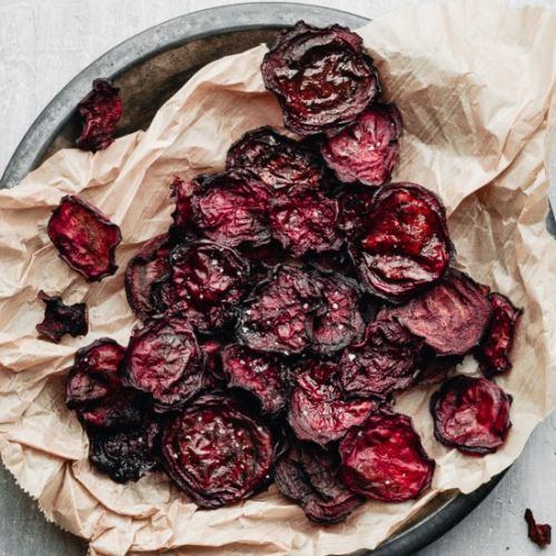 EASY BAKED BEETROOT CHIPS