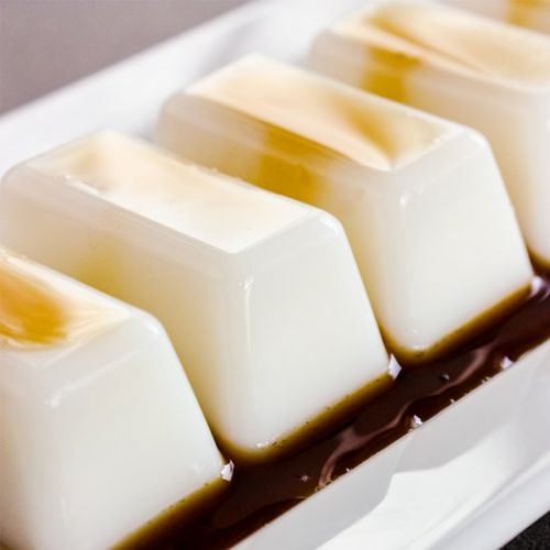 Coconut milk agar-agar jelly