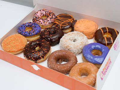 Dunkin' Donuts Removes Artificial Food Colors From Its Doughnuts