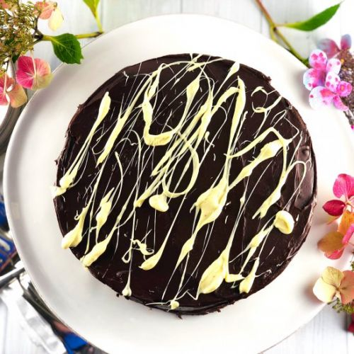 Queen's Chocolate Biscuit Cake