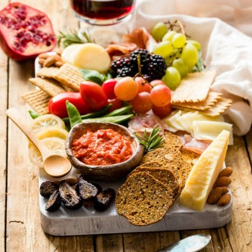 How To Make A Gorgeous Cheeseboard