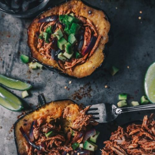 BBQ CHICKEN STUFFED ACORN SQUASH