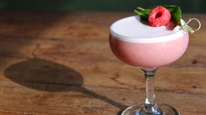 The Drive Cocktail: Raspberry, Basil, and a Splash of Gin