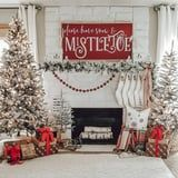 These Dazzling Fireplace Décor Ideas Will Get You in the Christmas Spirit