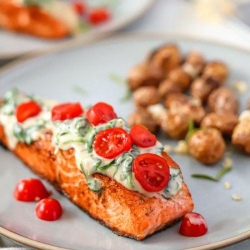 Grilled Salmon with Creamed Spinach