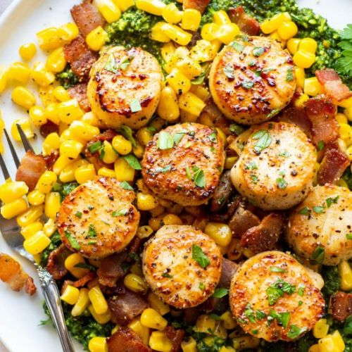 Scallops with bacon and Kale Pesto