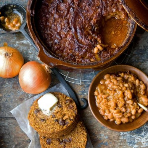 Boston Baked Beans & Brown Bread