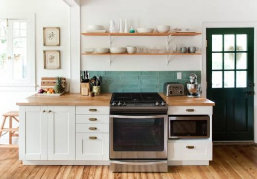 I Have Never Cleaned the Inside of My Oven - And I Don't Intend To