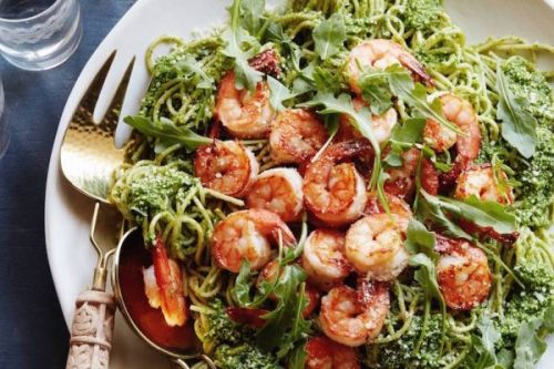 Arugula Pesto Pasta with Garlic Shrimp