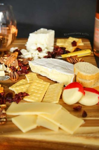 Delicious Cheese Pairings with Beaujolais Wine