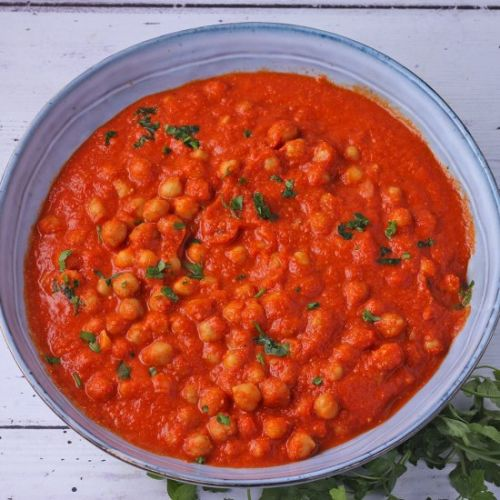 Saucy chickpeas romesco