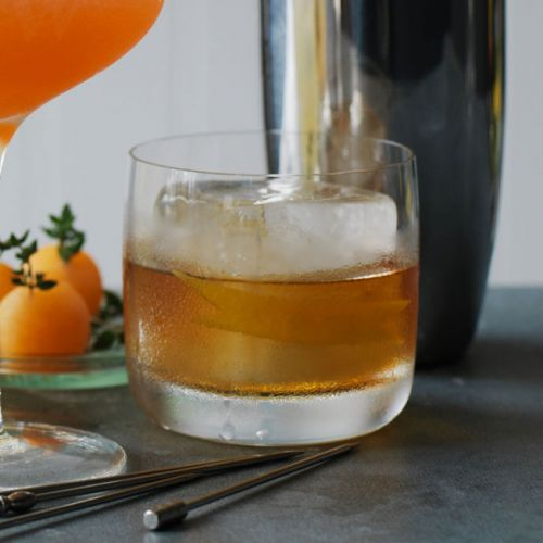 4-Ingredient Holiday Cocktails that Make Every Night Festive