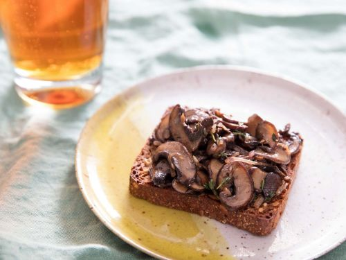Sautéed Mushrooms With Thyme on Danish Rye Bread