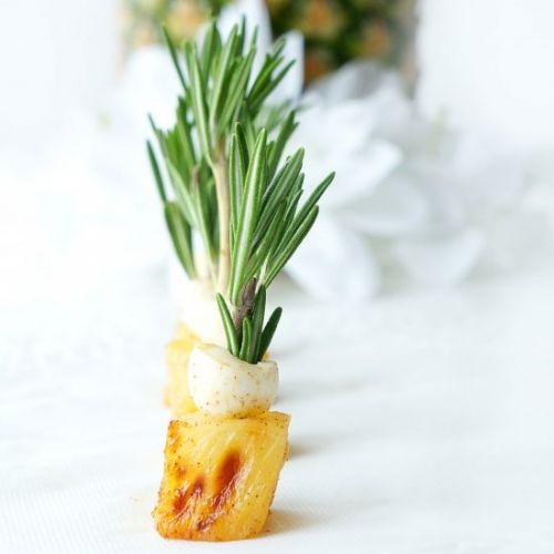 MINI ROASTED PINEAPPLES