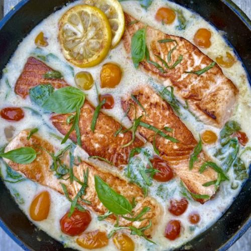 COCONUT CREAM SALMON WITH TOMATOES